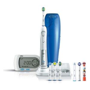 Электрическая зубная щетка Oral B Triumph 5000